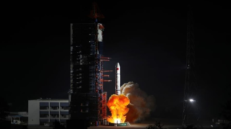 China startet erfolgreich drei Fernerkundungssatelliten