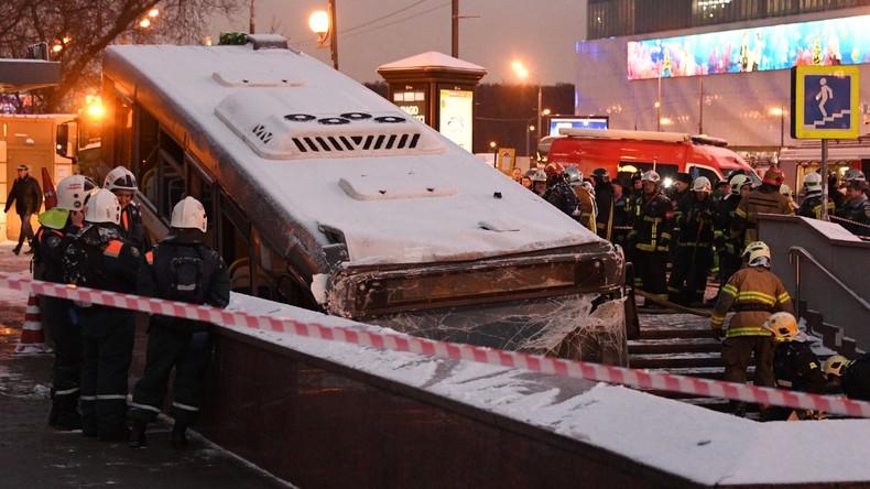 Moskauer Behörden zum Busvorfall an U-Bahn-Station: Neun Verletzte bleiben im Krankenhaus