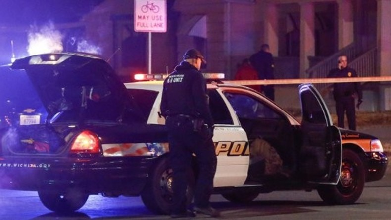 Tod nach falschem Notruf: Mann wird in Kansas von Polizei erschossen