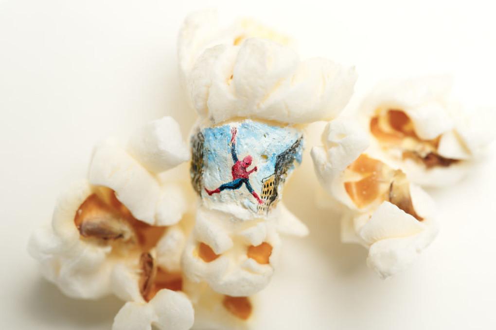 Essbares Kino: Türkischer Künstler stellt Szenen aus bekannten Filmen auf Popcorn dar [FOTOS]