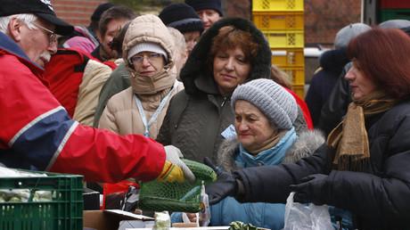 (Symbolbild). Laut dem letzten Armutsbericht von 2011 ist fast jeder fünfte Münchner arm oder von Armut bedroht.