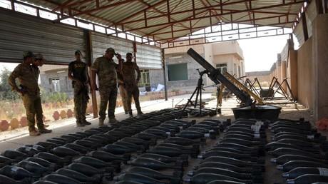 Ein von irakischen Sicherheitskräften beschlagnahmtes Arsenal des IS.