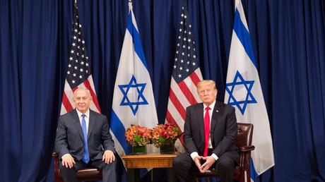 Der israelische Ministerpräsident Benjamnin Netanjahu (l) und US-Präsident Donald Trump (r)