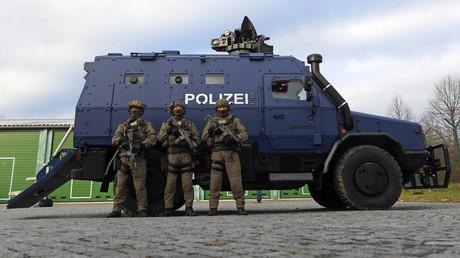 Landeskriminalamt: Umstrittenes sächsisches SEK-Logo wird von Fahrzeugsitzen entfernt