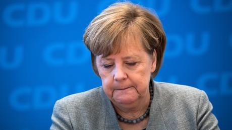 Bundeskanzlerin Angela Merkel bei einer Pressekonferenz im Dezember 2017. Laut einer Umfrage wünscht sich fast jeder Zweite (47 Prozent), dass Merkel ihren Posten vor 2021 räumt.