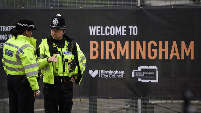 Polizei in Birmingham nimmt sechs terrorverdächtige Neonazis fest