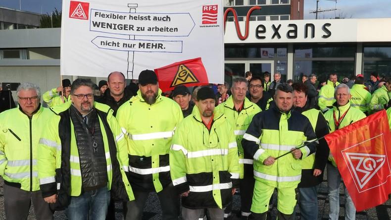 Tausende Teilnehmer bei Warnstreiks in Deutschlands Metall- und Elektroindustrie
