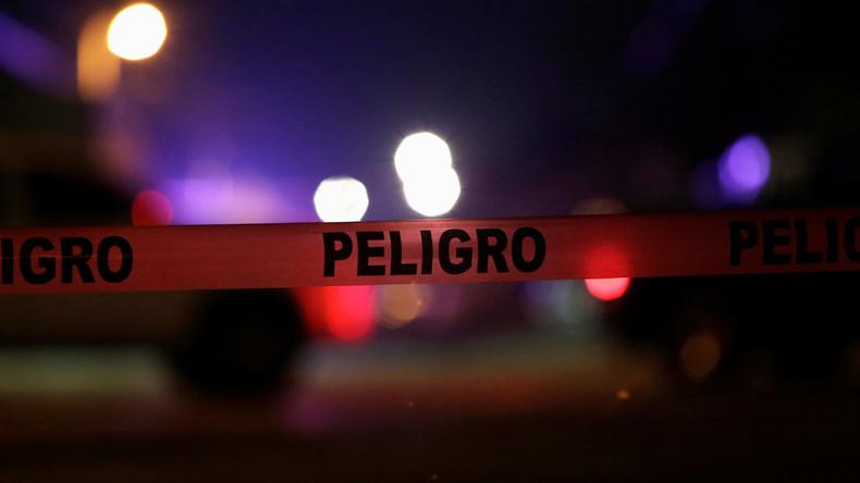 Gruselige Botschaft: Mexikanische Kriminelle hinterlassen fünf abgeschlagene Köpfe auf Motorhaube