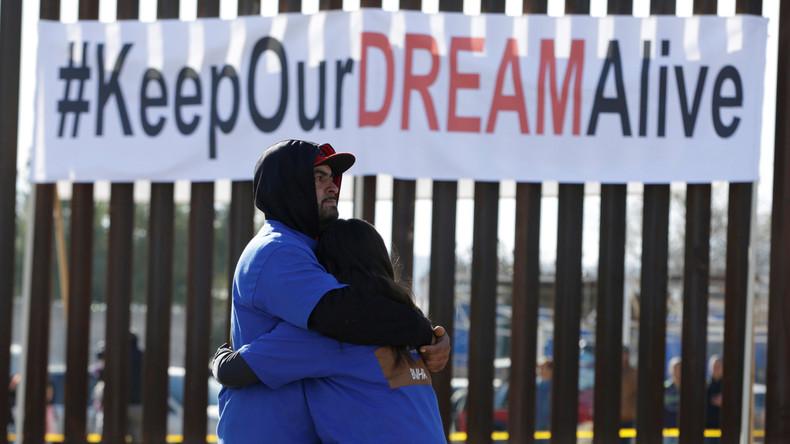 Trump verlangt vom Kongress 18 Milliarden Dollar für Grenzmauer