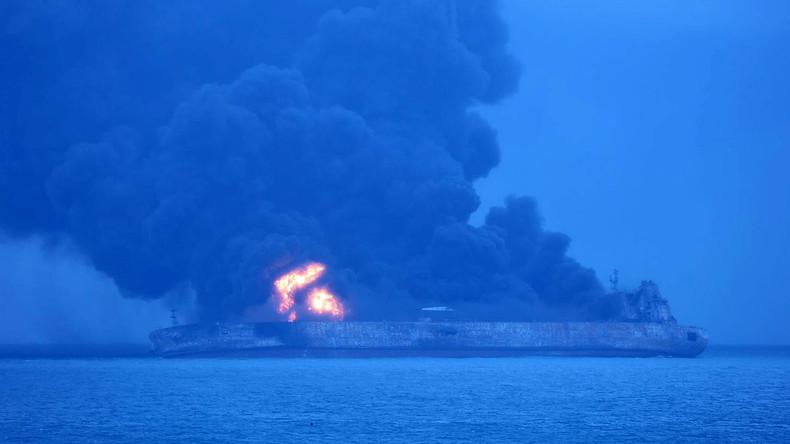 Schiffskollision vor Chinas Küste: Öltanker brennt - 32 Vermisste