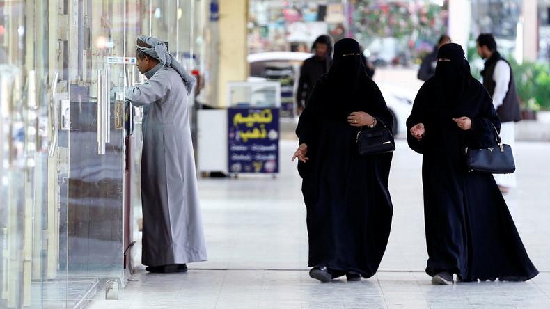 Neue Fußballfans im saudischen Königreich: Frauen dürfen erstmals Fußballspiel besuchen