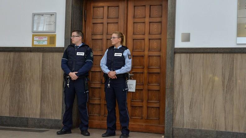 Anschlag auf BVB: Angeklagter gesteht Tat und bestreitet Tötungsplan