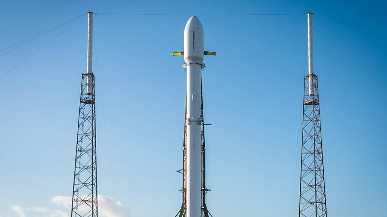 Erster Flug im neuen Jahr: SpaceX bringt Geheimsatelliten auf Umlaufbahn