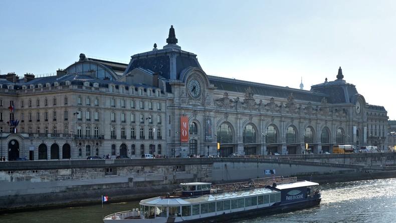 Hochwasser in Paris: Wege und Straßen gesperrt