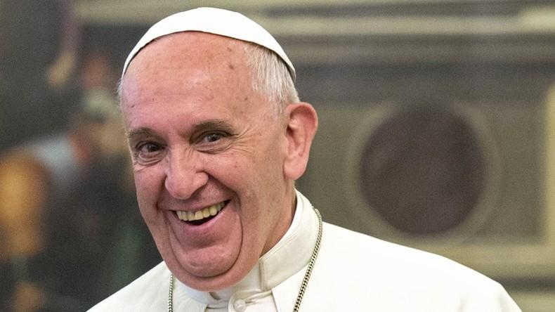 Papst Franziskus hält Neujahrsansprache an die im Vatikan akkreditierten Botschafter