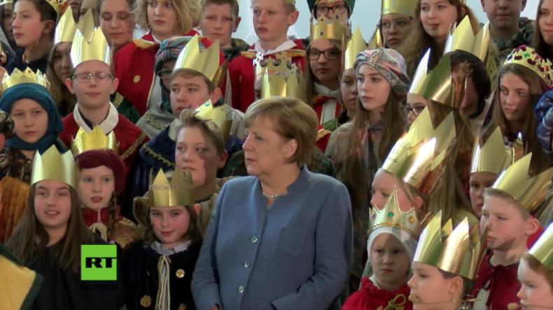 """Gemeinsam singen - Merkel """"freut"""" sich über Besuch von Drei-Königs-Kindern aus ganz Deutschland"""