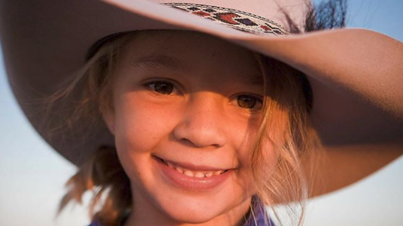 Eltern laden Beleidiger ihrer Tochter zu deren Beerdigung ein