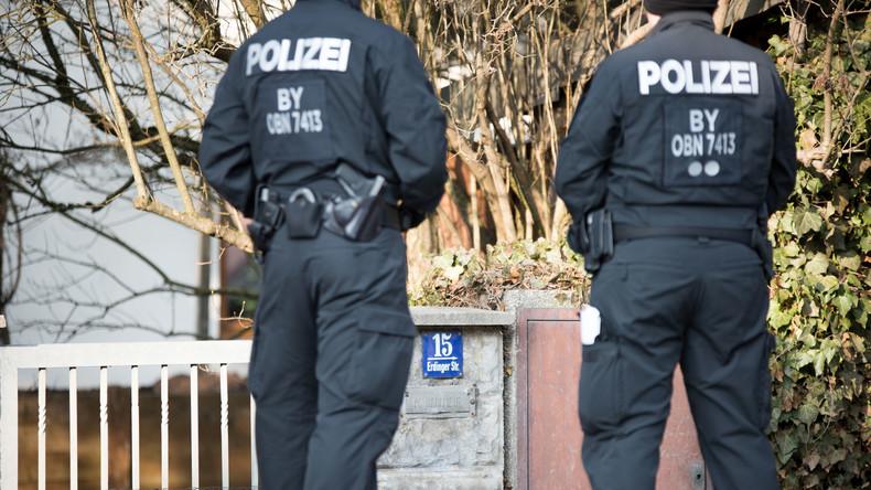 Bericht: Zahl der Reichsbürger auf 15.600 gestiegen