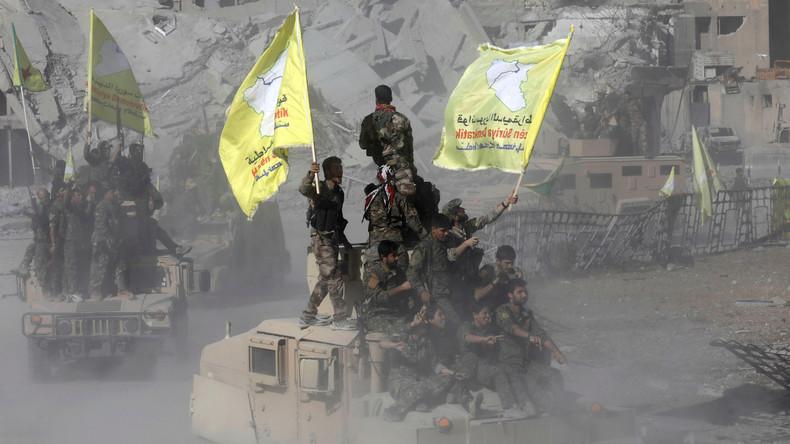 US-gestützte Streitkräfte in Syrien entlassen Hunderte von IS-Kämpfern aus Gefangenschaft