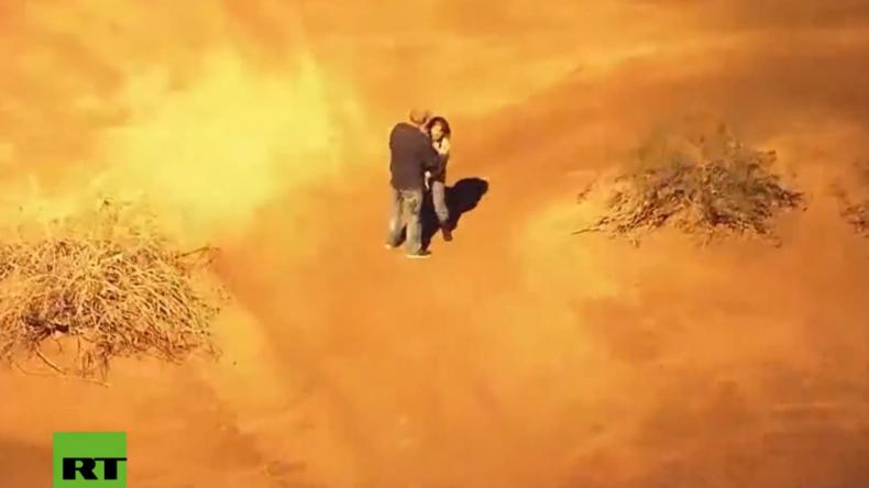 """USA: Küsse im Helikopterlicht - """"Bonnie & Clyde"""" fliehen und ergeben sich filmreif der Polizei"""
