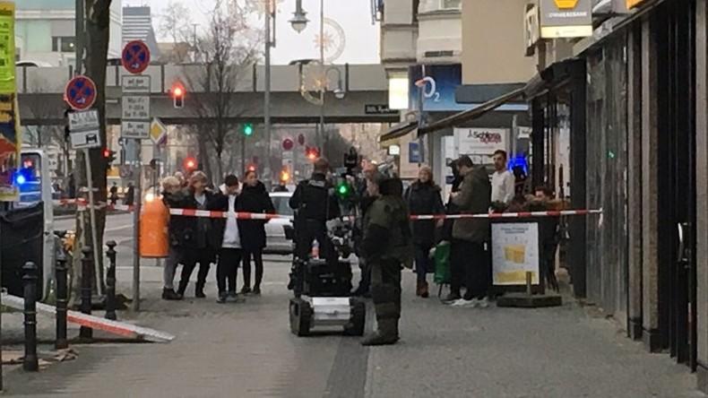 Gefährlicher Umschlag löst Polizei-Einsatz in Berliner Bank aus – Zündvorrichtung entschärft