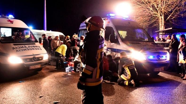 Mindestens sechs Tote und Dutzende Verletzte bei Brand in Portugal