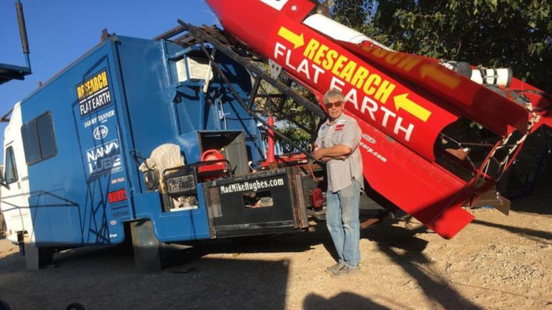 Flat Earther will mit eigener Rakete an den Rand des Alls fliegen, um flache Erde zu zeigen