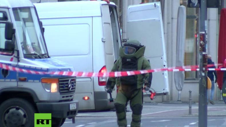 Katastrophenstimmung am Potsdamer Platz: Herrenloser Aktenkoffer löst Bombenalarm aus