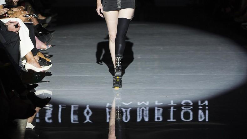 Berühmtes Model verliert zweites Bein wegen eines Tampons