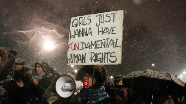 Pro-Choice-Marsch in Warschau: Tausende gegen neues Abtreibungsgesetz der polnischen Führung