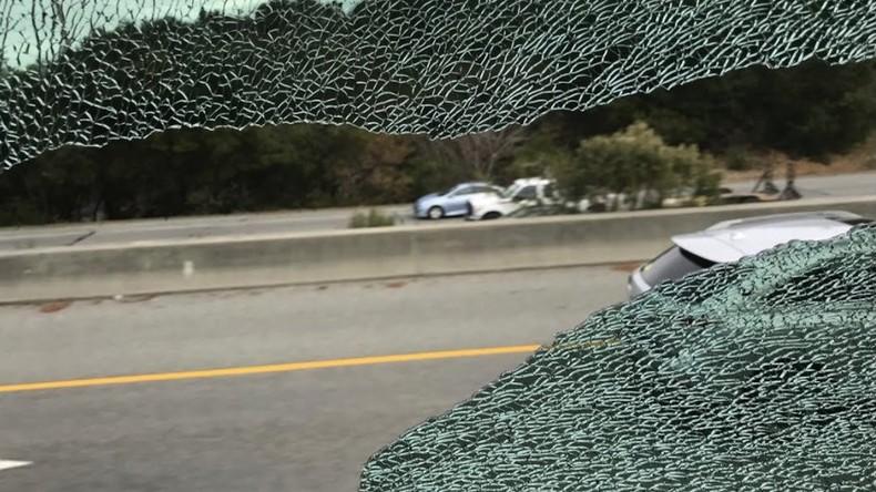 Gezielter Angriff: Busse mit Mitarbeitern von Apple und Google in Kalifornien mit Steinen beworfen