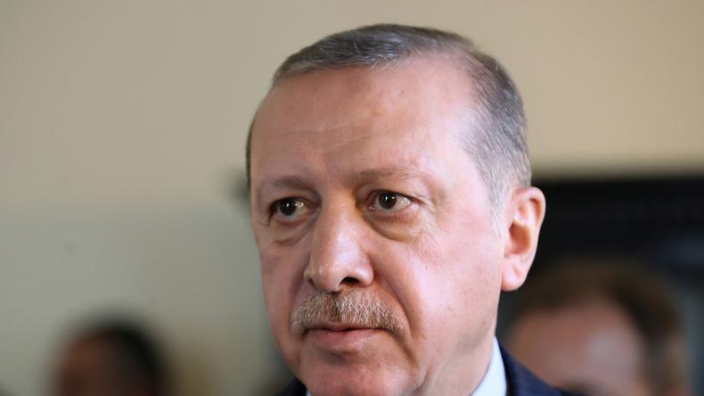 Fake News: Türkei fordert Entschuldigung für angeblichen Asylantrag von Erdoğan in Deutschland