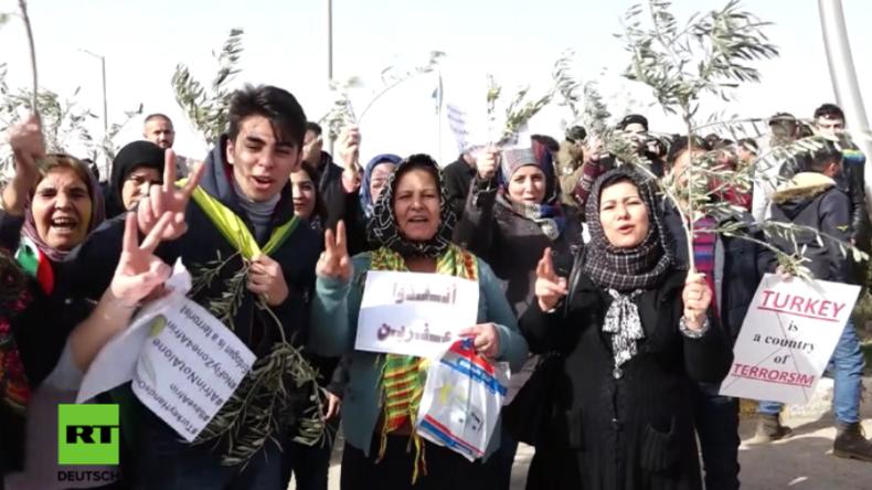 """Irakische Kurden protestieren für Afrin: """"Wir brauchen mehr Waffen aus den USA!"""""""