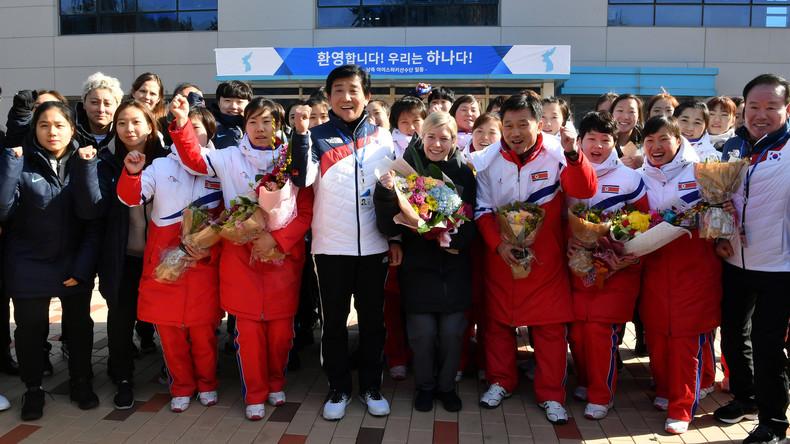 Teambildung: Nordkoreanische Eishockey-Spielerinnen in Südkorea eingetroffen