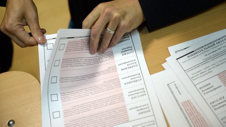 Jede Stimme zählt: Obdachlose dürfen bei Präsidentenwahl am Moskauer Bahnhof wählen