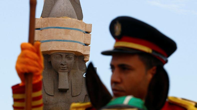 Kolossal: Ägypten bringt 3.000 Jahre alte Ramses-Statue in Museum