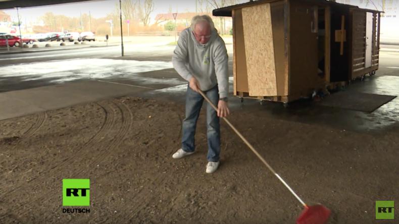 Leben in der Holzkiste -  Ein Obdachlosenprojekt erobert Deutschland