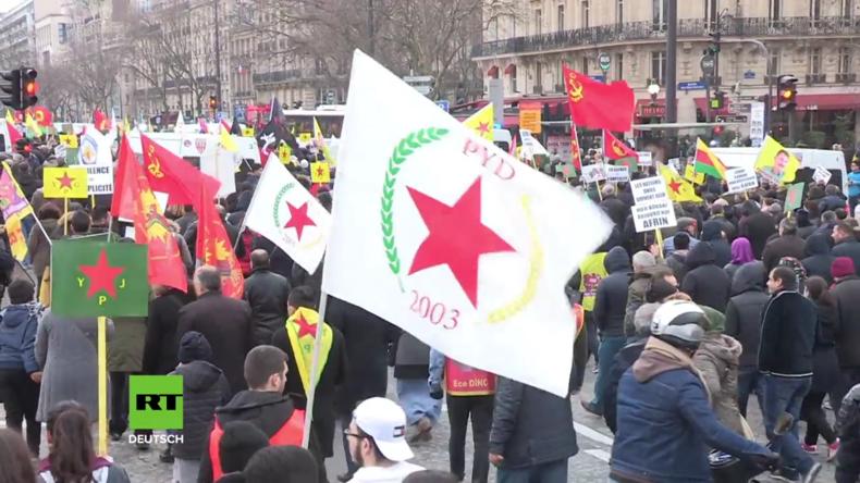 Paris: Tausende demonstrieren gegen türkische Militäroperation in Afrin
