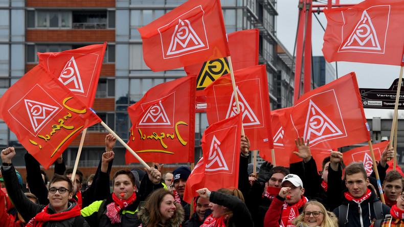 Metall-Tarifkonflikt: Arbeitgeber bleiben stur - Gewerkschaft plant 24-Stunden-Warnstreiks
