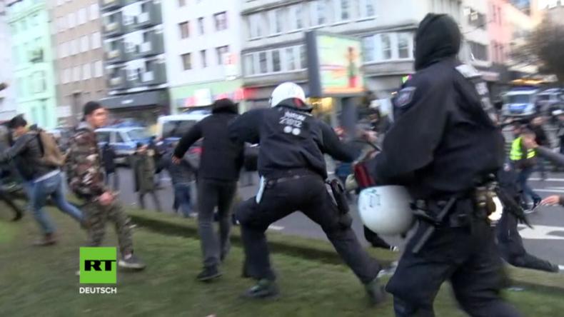 Köln: Demo gegen türkische Offensive in Nordsyrien - Zusammenstöße zwischen Kurden und Polizei