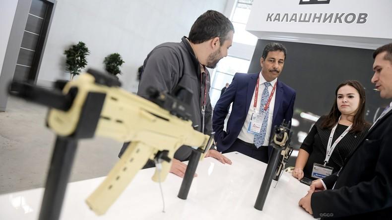 Neuste Kalaschnikows: Russland führt modernste Maschinengewehre ein