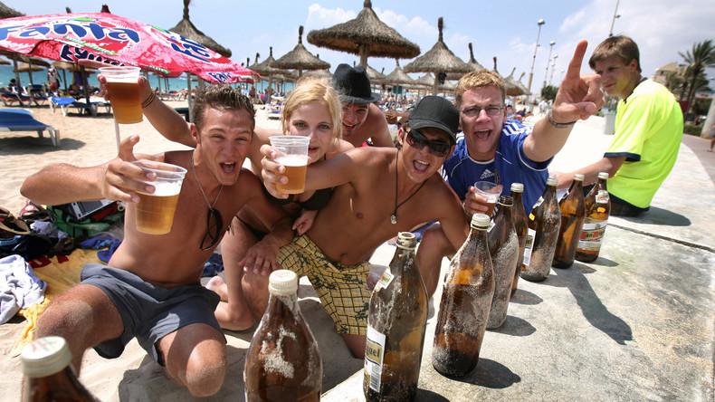 Ende der Happy Hour: Mallorca wehrt sich gegen betrunkene Touristen mit neuen Alkoholrestriktionen