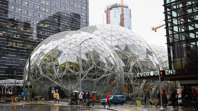 Amazon tut sich mit zwei US-Riesenkonzernen zusammen, um eigene Krankenkasse zu gründen