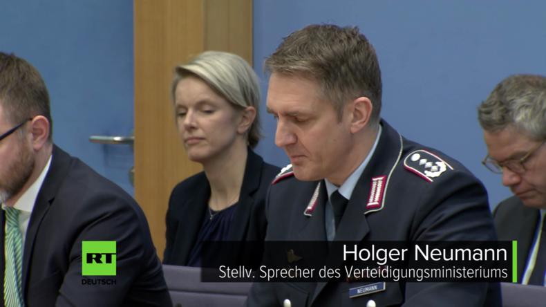 """Regierungspressekonferenz: Die kaputte """"Gorch Fock"""" und die Schadstoff-Mahnung der EU [Video]"""