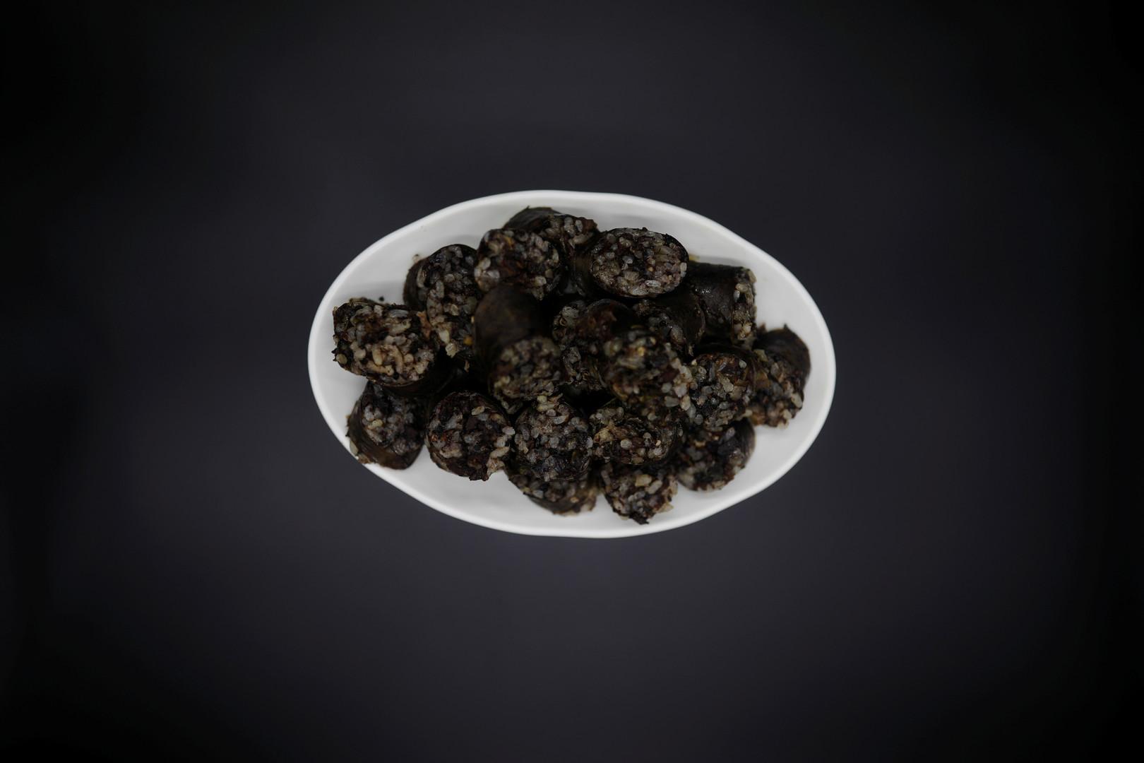 """""""Sundae"""", Würste aus Schweineblut, gefüllt mit Reis und Gemüse. Werden in Nord- und Südkorea gerne verzehrt."""