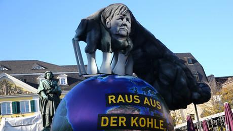 Demonstrationen vor dem der Klimakonferenz, Bonn, Deutschland, 4. November 2017.
