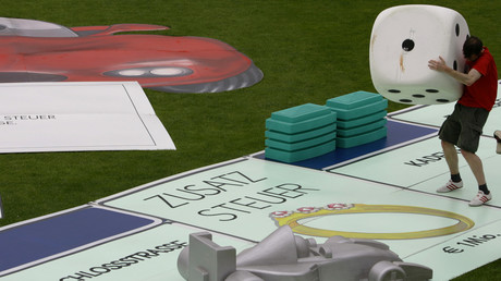 Weltrekordversuch im Monopoly-Spiel, Berlin, Deutschland, 21. Juni 2005.