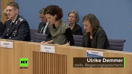 Stellvertretende Regierungssprecherin Ulrike Demmer (r.) am 24. Januar 2018 im Haus der Bundespressekonferenz