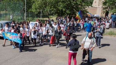 Symbolbild: Eine vom RWM Konversionskomitee für Frieden und nachhaltige Arbeit organisierte Demonstration, Mai 2017