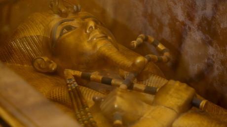 Auch ohne geheime Kammern schon geheimnisvoll genug: Der altägyptische König Tutanchamun.